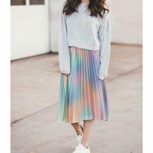 Dresses & Skirts - NWT MUTI COLOR PLEATED MIDI SKIRT